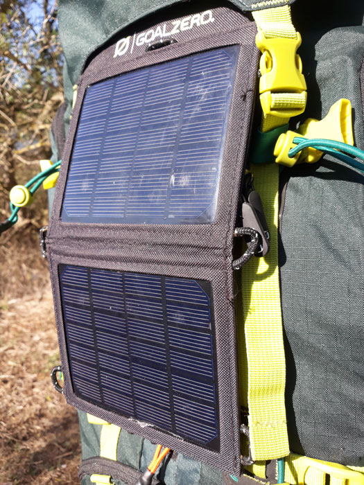 chargeur solaire randonnée